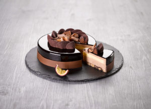 Entremets Chocolait-Passion ancel