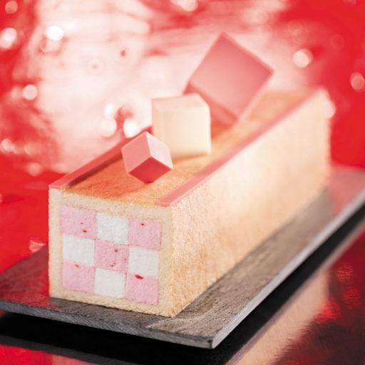 Recette de bûche damier chocolat fraise - Condifa