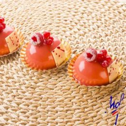 Recette de dômes vanille framboise - Condifa