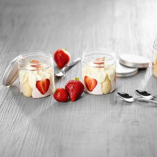 Recette de p'tits pots façon tiramisu aux fraises - Condifa